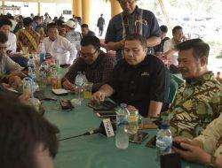 Makan Siang Bersama di Kantin, Mentan Rangkul Wartawan
